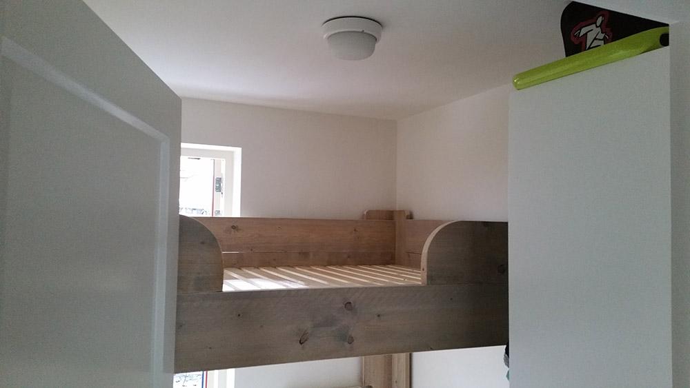 Tweepersoons stapelbed bouwbedrijf sterk een andere aannemer lijkt mij sterk - Stapelbed met opslag trappen ...