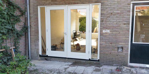 Kozijn met openslaande deuren in Loosdrecht